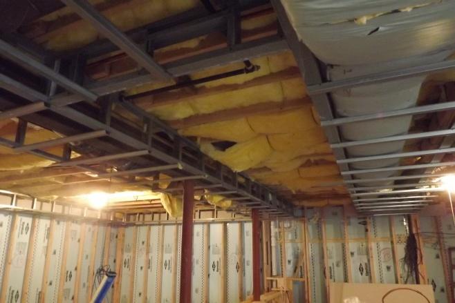 Basement soffit help needed-dscf0437.jpg