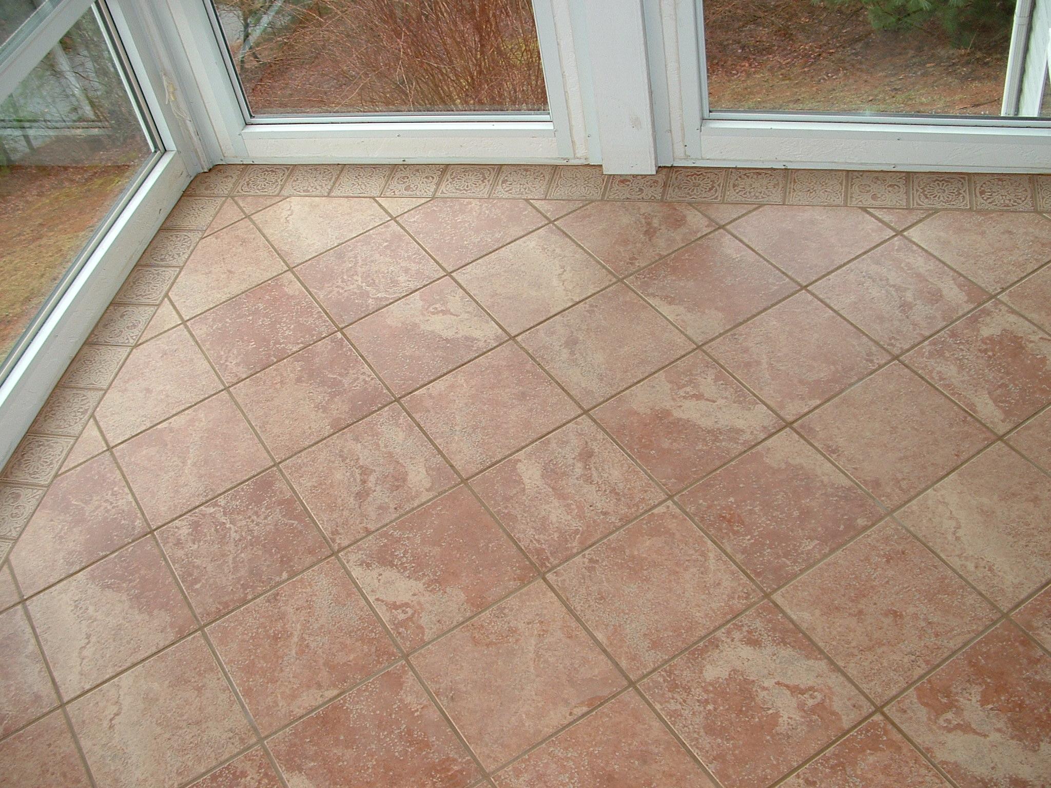 Awful Tile Work or Not?-dscf0677.jpg