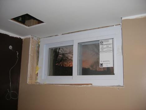 crown molding meets window trim-dscf1219.jpg