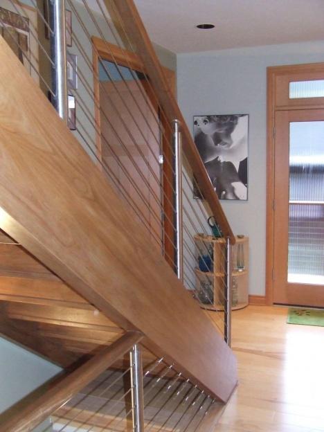 Loose stairs-dscf2159.jpg