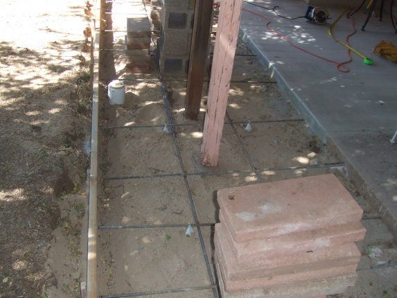 How to replace posts before concrete is poured-dscf2725.jpg
