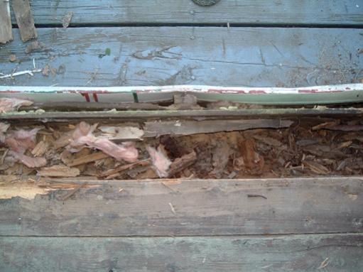 Help! How do I fix rotten wood under door?-dscf2731.jpg