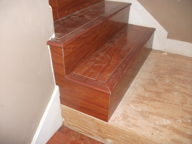 Laminate stairwell troubles-dscf2950.jpg