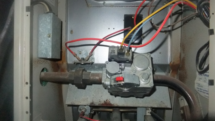 77743d1384101110 furnace gas valve not functioning dscf5605 furnace gas valve not functioning?? hvac diy chatroom home