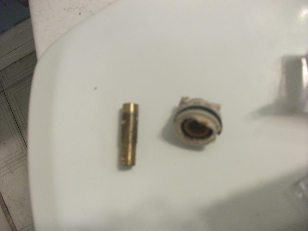 replacing shower cartridge-dscf5982.jpg