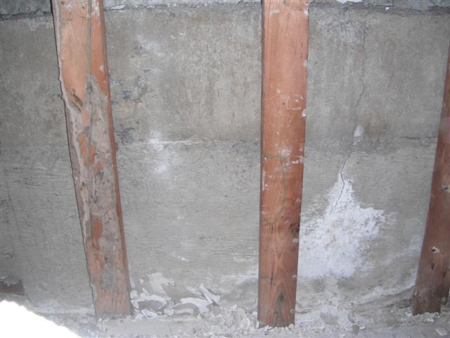 Demo'd Half-Bath, Issues, Pics Attached, Have at it...-dscf6602.jpg