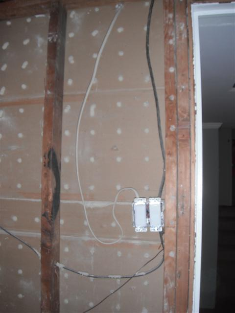 Demo'd Half-Bath, Pics Attached, Any Electrical?-dscf6624.jpg
