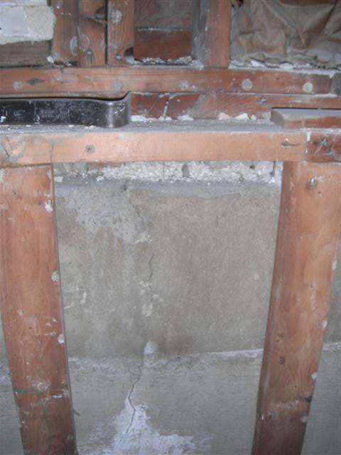 Demo'd Half-Bath, Issues, Pics Attached, Have at it...-dscf6625.jpg