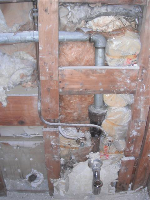 Demo'd Half-Bath, Pics Attached, Any Plumbing?-dscf6634.jpg