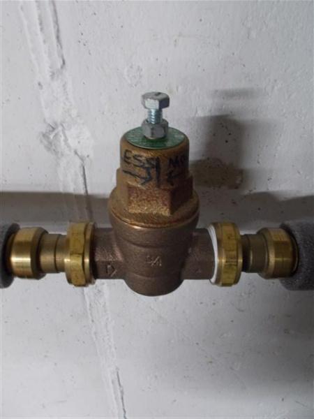 pipe banging at inlet-dscn0077.jpg