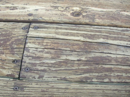 should I replaced the deck?-dscn1140.jpg