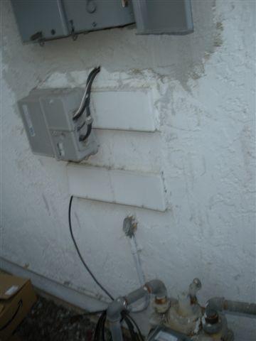 OK to enter this panel from outside / bottom?-dscn1513.jpg