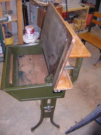 Old flip top school desk-dscn2001.jpg