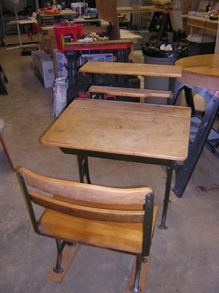 Old flip top school desk-dscn2003.jpg