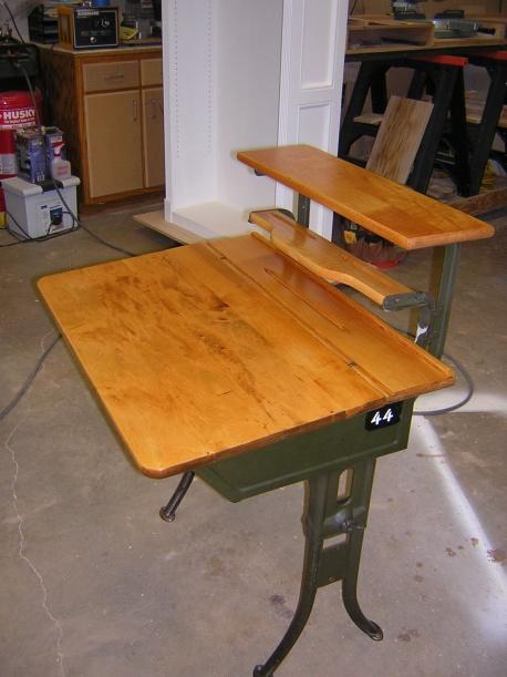 Old flip top school desk-dscn2047.jpg