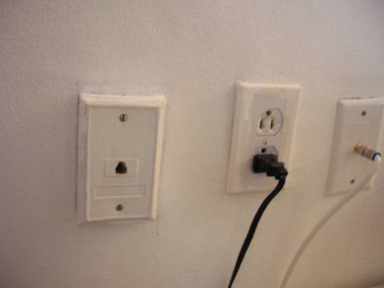 couple questions about installing phone jacks-dscn2280.jpg