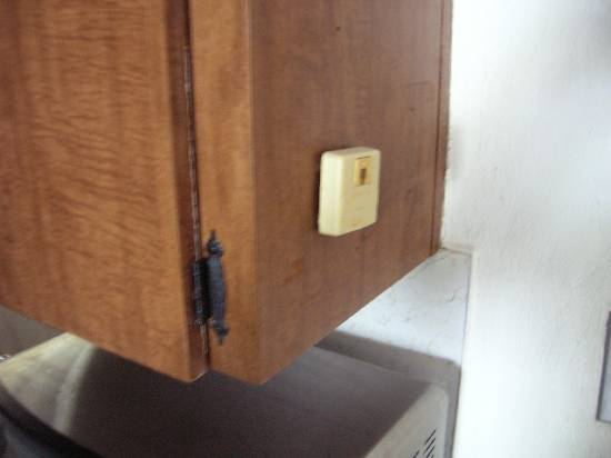 couple questions about installing phone jacks-dscn2284.jpg