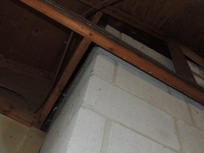 Insulation around chimney?-dscn2528.jpg