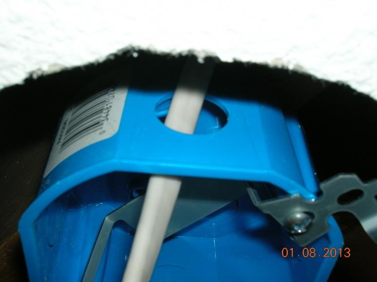 Clamp/Grommet Needed?-dscn2535.jpg