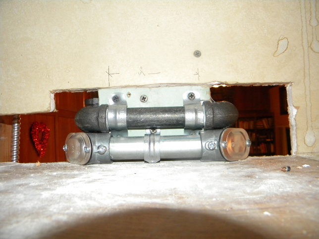 Gas Line Above Kitchen Cabinets-dscn3072.jpg