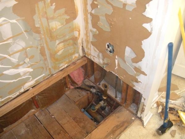 bath tub installation-dscn4489.jpg