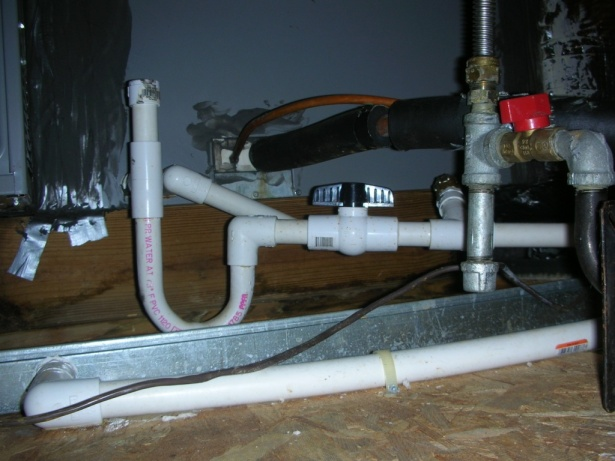 Condensate only drains when blower stops-dscn4803.jpg