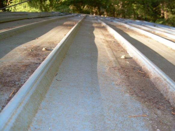 Metal carport roof leaking-dscn5293.jpg