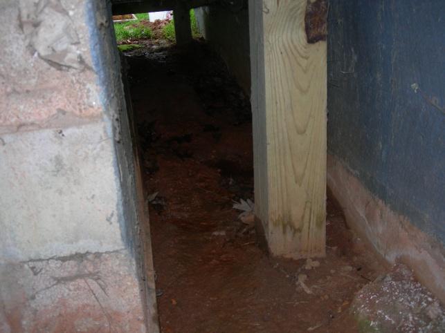 Water in basement in older home-dscn6609.jpg