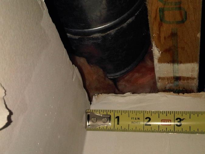 Great stuff on top of fibreglass batt?-duct-corner-area.jpg