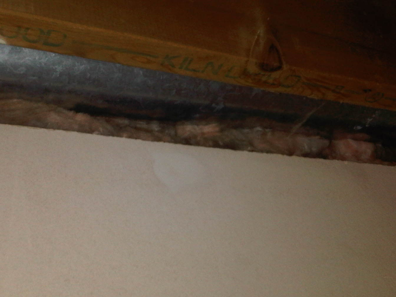 Great stuff on top of fibreglass batt?-duct-joist.jpg