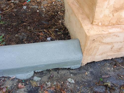 Painting mortar landscape edgers (pic)-edger-meets-column.jpg
