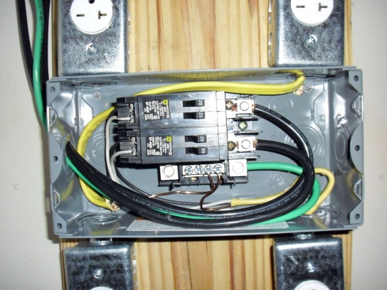 I wired a 240v subpanel, and none of the outlets work..........  Help! :)-elec01.jpg