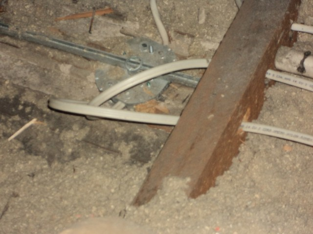Help :) electricians moved insulation-electrics.jpg