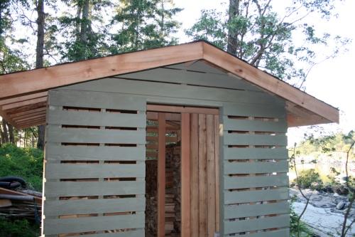 need answer before I screw something up-end-woodshed-3.jpg