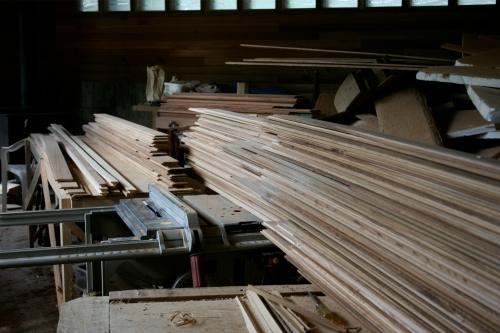 Gulf Island Building.-ensuite-wood.jpg