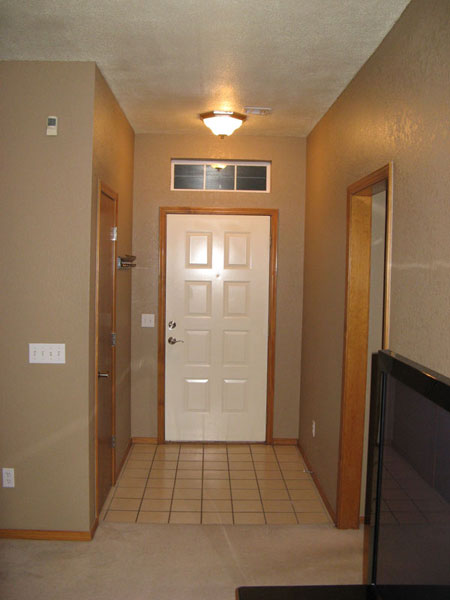 *Pics* Entry way tile designs needed-entry_way.jpg
