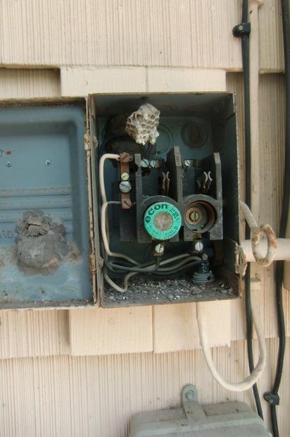 3 phase power in my renovation electrical diy chatroom home rh diychatroom com edison fuse block edison fuse box diagram