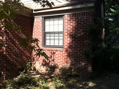 1952 Brick Traditional overhaul-exterior-gr-window.jpg