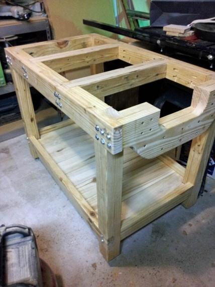 DIY Work Bench-f13-work-bench-set-up-2.jpg
