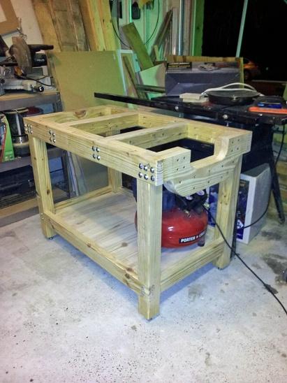 DIY Work Bench-f13-work-bench-set-up.jpg