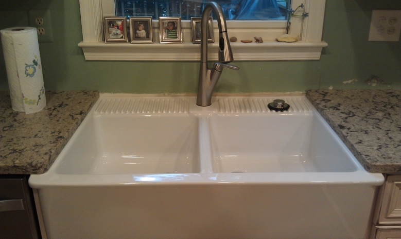 Plumbing in a p trap-farm-sink-installed.jpg