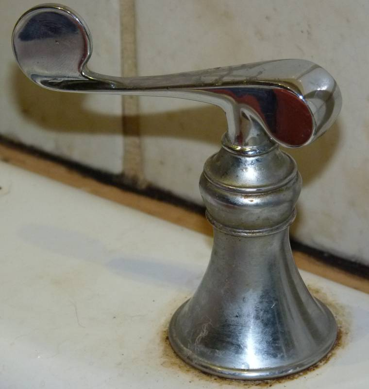 Two handle kitchen Faucet invisible screw: Leaking Faucet-faucetcloseup.jpg