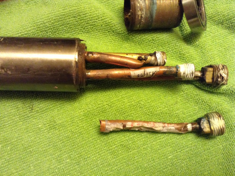 Kitchen Faucet input tube broken!!-fcbaa291-deb5-4be8-97cb-385529dfa68e.jpg