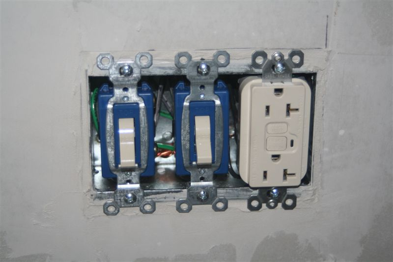 Switch Box / Outlet Photos (with mid wire skining)-finished-box-without-cover.jpg