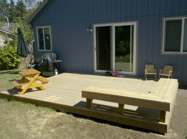 Built-in deck bench-finished-deck-back-angle.jpg