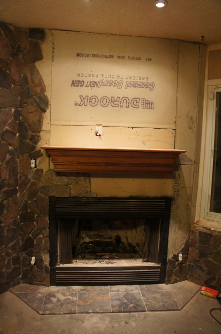 Is the mantel shelf I installed too short?-fireplace1.jpg