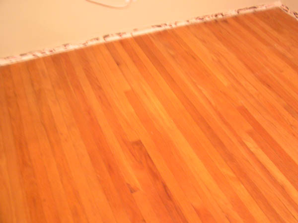 Help with Hardwood evaluation?? Pics enclosed..-floor1.jpg