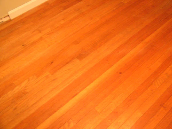 Help with Hardwood evaluation?? Pics enclosed..-floor3.jpg