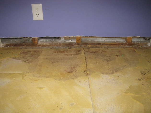 How do I remove part of the damaged subfloor?-floor3.jpg