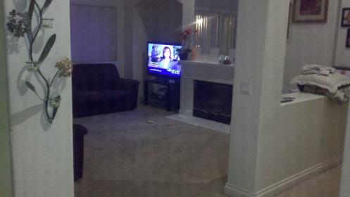 help with my living room-forumrunner_20110506_015729.jpg